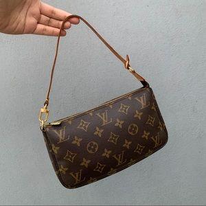 💫 Louis Vuitton Pochette 💫
